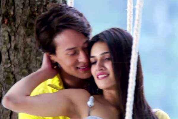 Heropanti Tiger Shroff Kriti Sanon Romance Stills