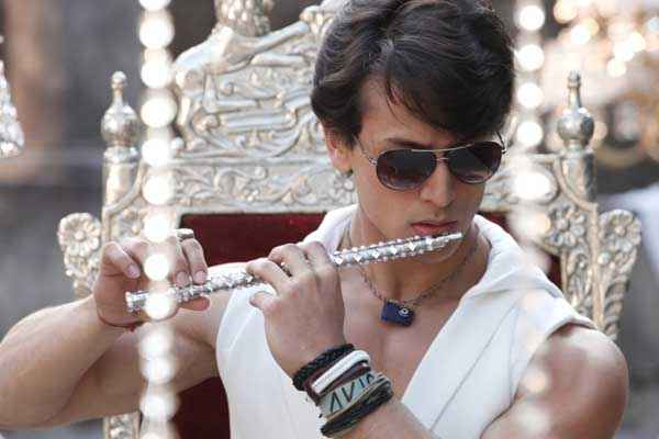Heropanti Tiger Shroff With Bansuri Stills