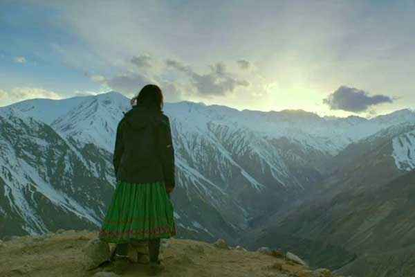 Highway Alia Bhatt In Hills Stills