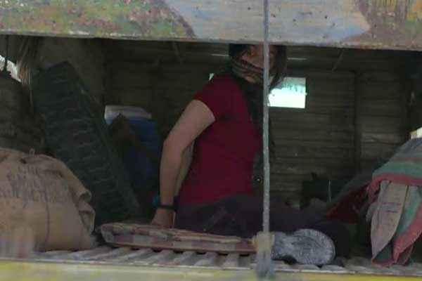 Highway Alia Bhatt In Kidnaped Scene Stills