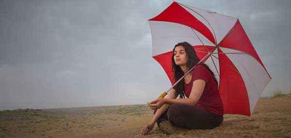 Highway Alia Bhatt With Umbrella Stills
