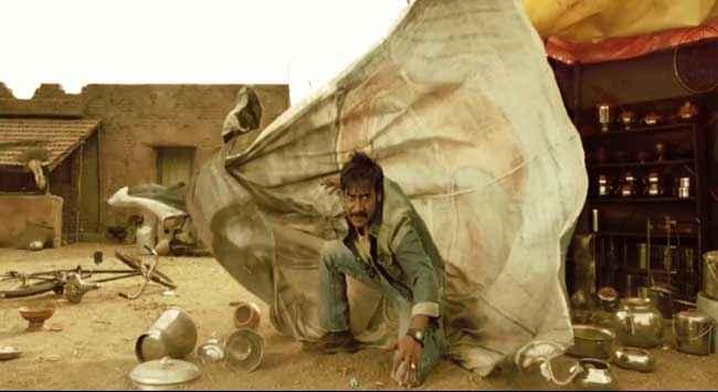 Himmatwala 2013 Ajay Devgan in Fighting Scene Stills