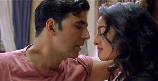 Holiday A Soldier Is Never Off Duty Akshay Kumar Kissing Sonakshi Sinha Stills