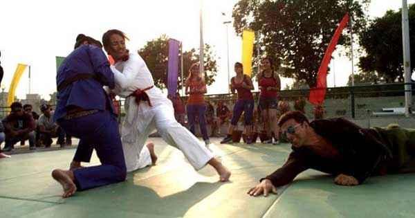 Holiday A Soldier Is Never Off Duty Akshay Kumar Sonakshi Sinha Judo Karate Stills