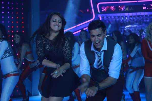 Holiday A Soldier Is Never Off Duty Blame The Night Song Akshay Kumar Sonakshi Sinha Stills