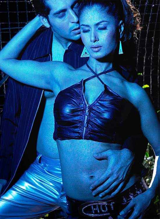 Hot Money Tarun Arora Divya Dwivedi Hot Pics Stills