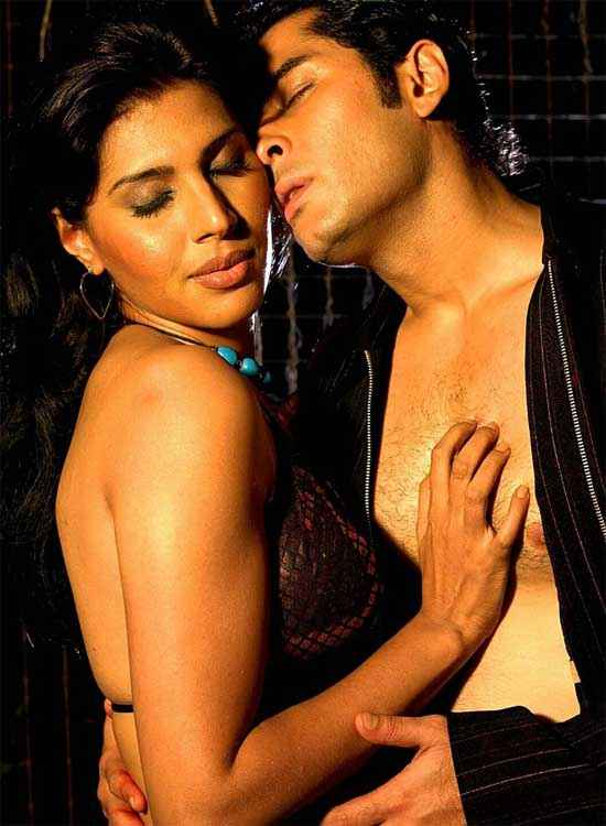 Hot Money Tarun Arora Nilanjana Bhattacharya Hot Pics Stills