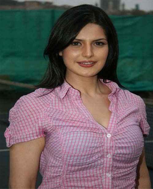Housefull 2 Zarine Khan Hot Photos Stills