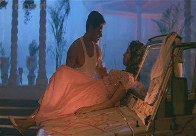 Hum Aapke Hain Kaun Salman Khan Madhuri Dixit Romantic Scene Stills
