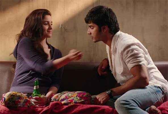 Humpty Sharma Ki Dulhania Alia Bhatt Varun Dhawan Taking Break Fast Stills