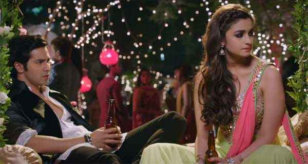 Humpty Sharma Ki Dulhania Varun Dhawan Alia Bhatt Having Bear Stills