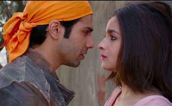 Humpty Sharma Ki Dulhania Varun Dhawan Alia Bhatt Romance Scene Stills