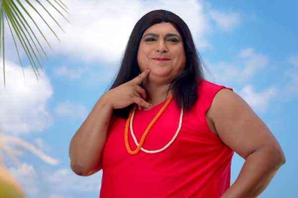 Humshakals Ram Kapoor as Lady In Red TShirt Stills