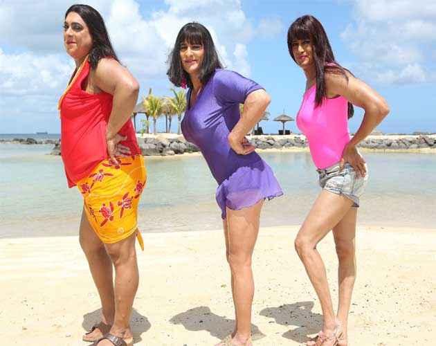Humshakals Ram Kapoor Saif Ali Khan Riteish Deshmukh Sexy Lady Wallpaper Stills