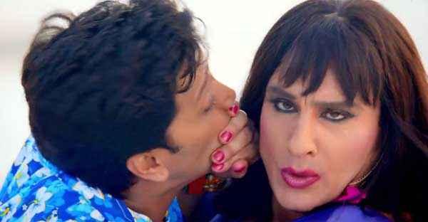 Humshakals Riteish Deshmukh Kissing Saif Ali Khan Stills