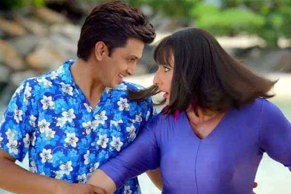 Humshakals Riteish Deshmukh Saif Ali Khan Romance Scene Stills