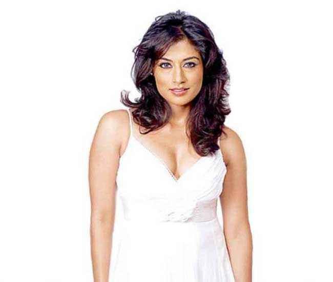 I Me Aur Main Star Cast Chitrangada Singh
