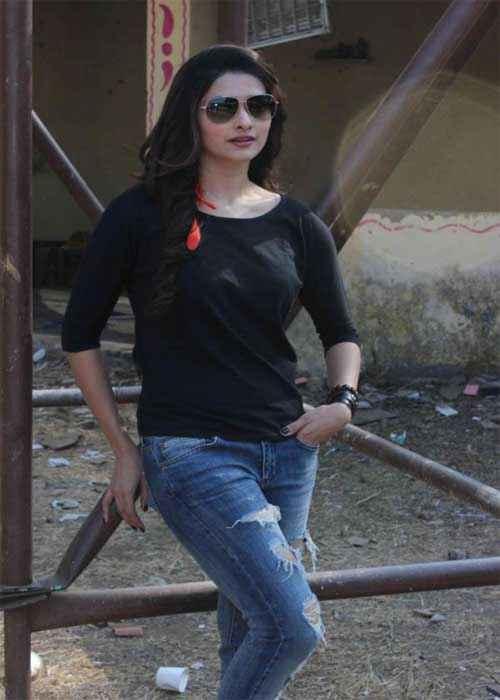 I Me Aur Main Prachi Desai in Black Top Stills