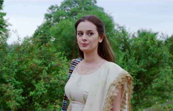 Ishqedarriyaan Evelyn Sharma Wallpaper Stills