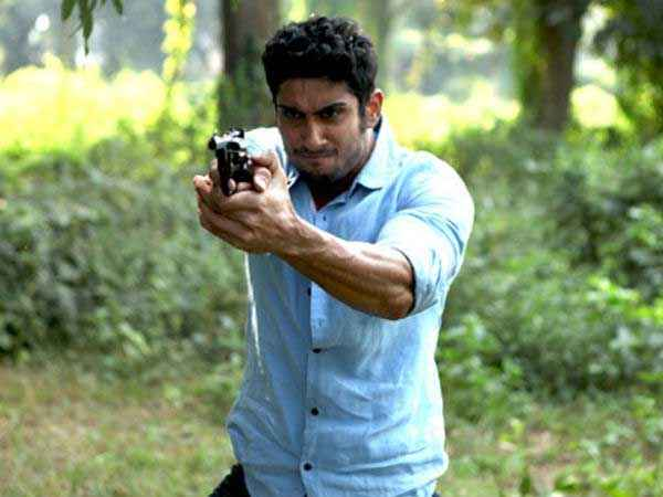 Issaq Prateik Babbar Stills