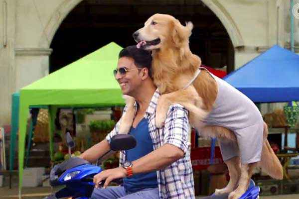 Its Entertainment Akshay Kumar With Dog On Bike Stills