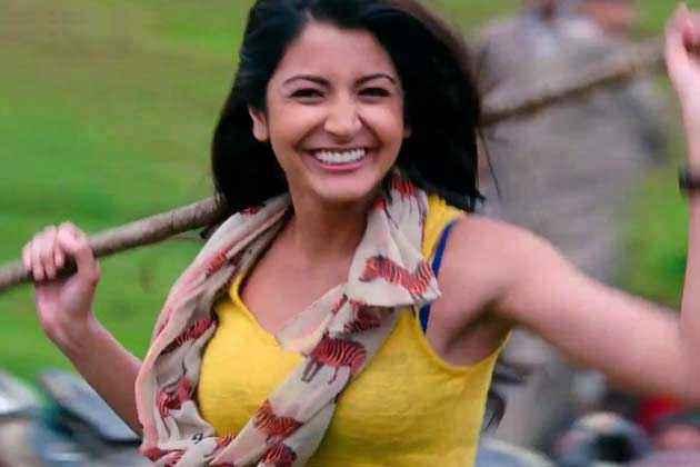 Jab Tak Hai Jaan Anuska Sharma Hot Stills