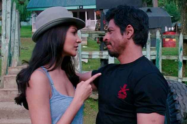 Jab Tak Hai Jaan Shahrukh Anuska Hot Scene Stills