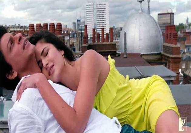 Jab Tak Hai Jaan Shahrukh Khan Katrina Kaif Sexy Scene Stills