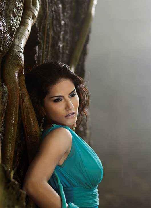 Jackpot 2013 Sunny Leone Very Hot Stills