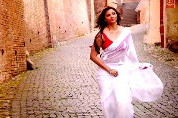 Jai Ho Daisy Shah Hot Photo Stills
