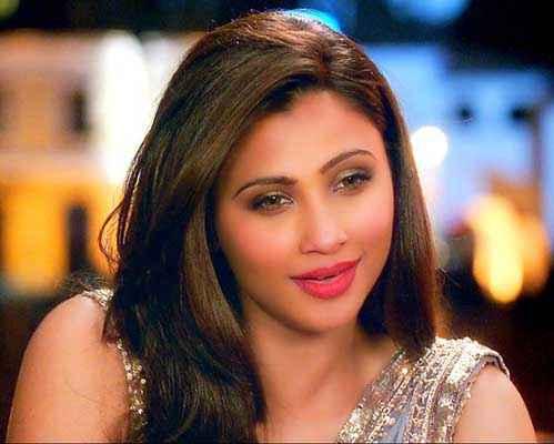 Jai Ho Daisy Shah Hot Pics Stills