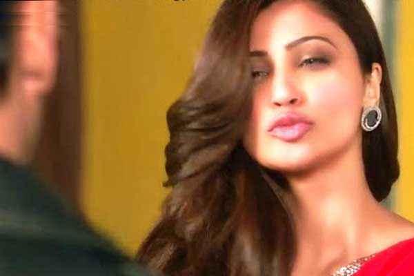 Jai Ho Daisy Shah Pics Stills