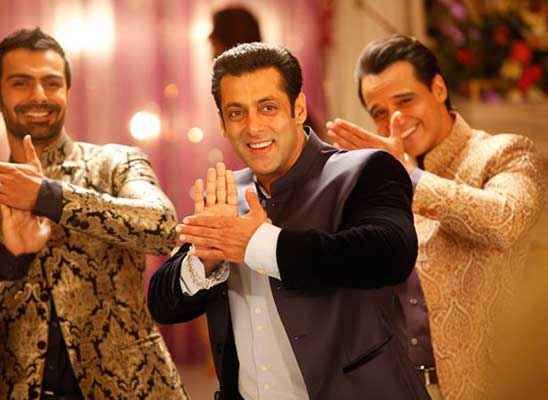 Jai Ho Salman Khan Cool Dance Stills