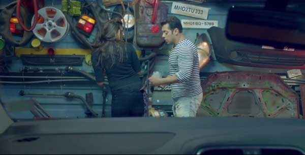 Jai Ho Salman Khan Daisy Shah Car Workshop Stills
