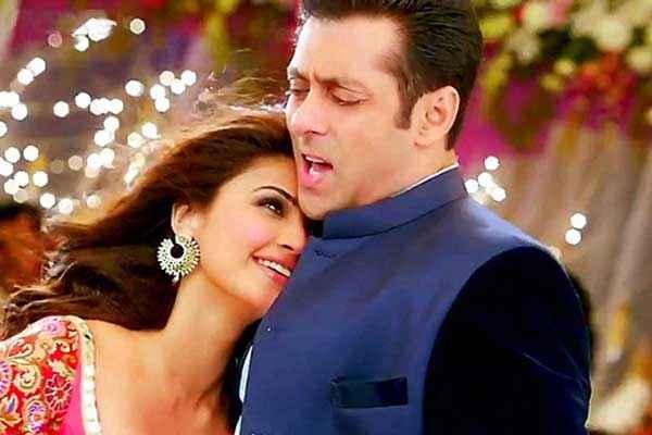 Jai Ho Salman Khan Daisy Shah Sexy Wallpaper Stills