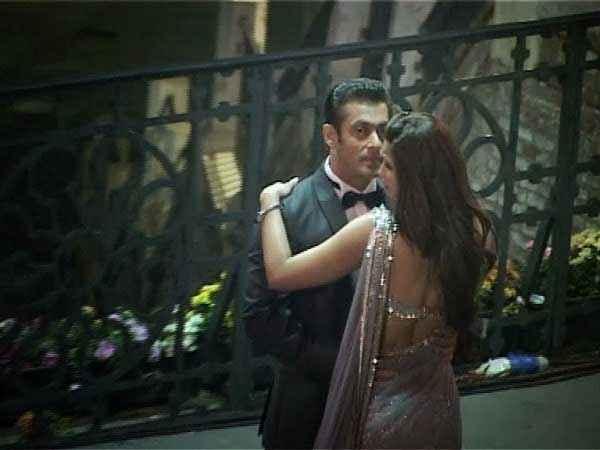 Jai Ho Salman Khan Sana Khan Romantic Scene Stills
