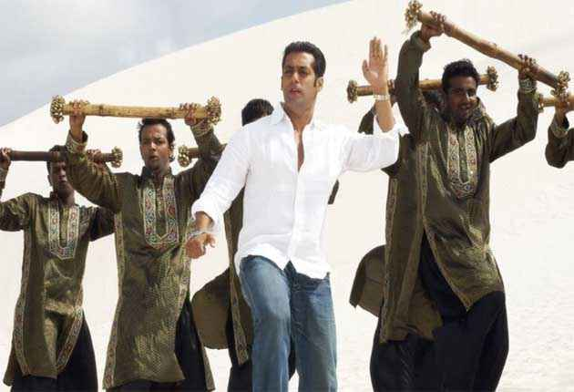 Jai Ho Salman Khan White Shirt Blue Jeans Stills