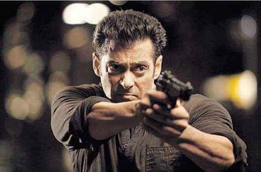 Jai Ho Salman Khan With Gun Stills