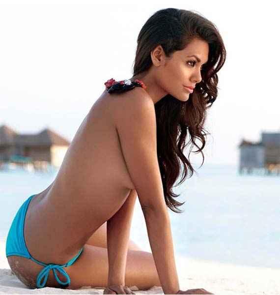 Jannat 2 Esha Gupta Hot Stills