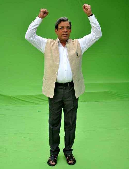 Janta VS Janardan Bechara Aam Aadmi Govind Namdeo Stills