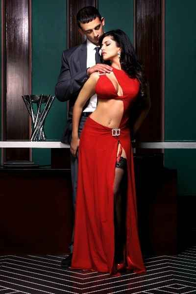 Jism 2 Arunoday Singh Sunny Leone Hot Photo Shoot Stills