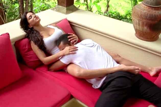 Jism 2 Randeep Hooda Sunny Leone Hot Photo Stills