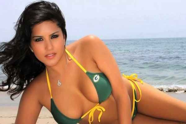 Jism 2 Sunny Leone Hot Stills