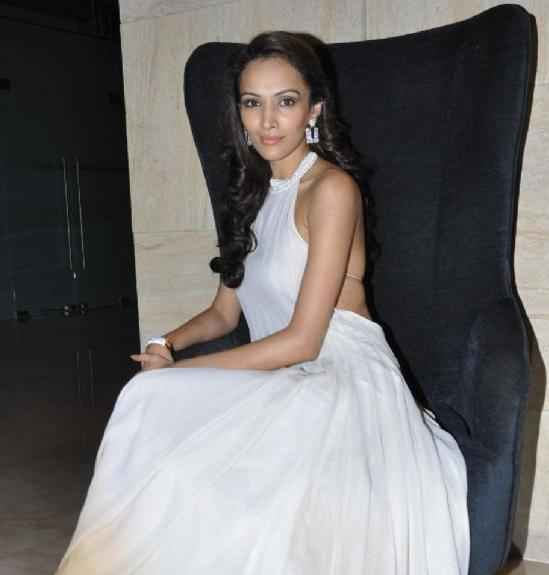 Jodi Breakers Star Cast Dipannita Sharma