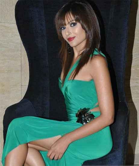 Jodi Breakers Star Cast Mrinalini Sharma
