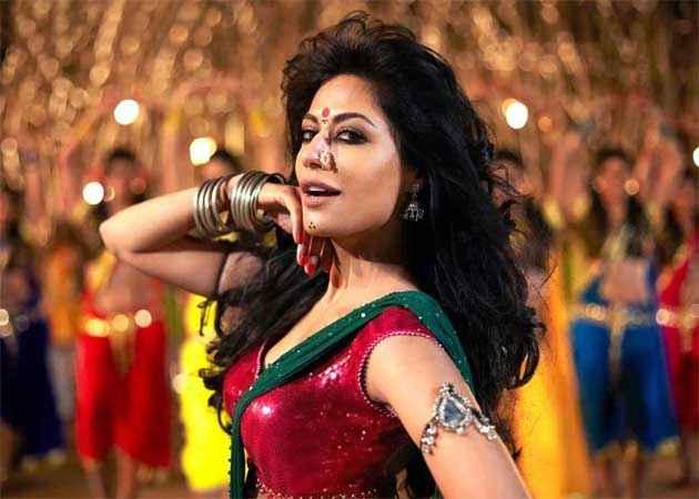 Joker Chitrangada Singh Item Song Stills