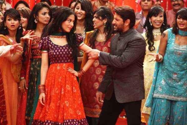 Jolly LLB Amrita Rao Arshad in Dance Scene Stills