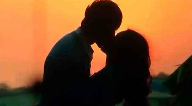 Kaanchi Mishti And Kartik Tiwari Kissing Stills