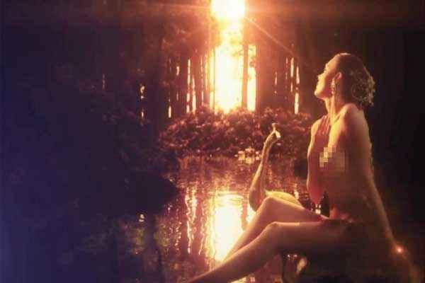 Kamasutra 3D Sherlyn Chopra Hot Photos Stills