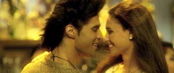 Karle Pyaar Karle Romance Scene Stills